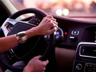 تفسير رؤية سواقة أو قيادة في المنام أو الحلم