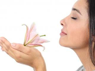 تفسير رؤية رائحة في المنام أو الحلم