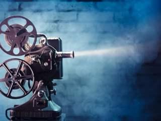 تفسير رؤية فيلم في المنام أو الحلم
