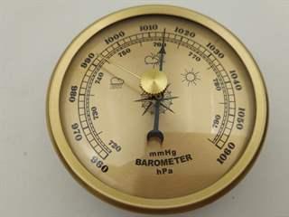 تفسير رؤية مقياس الضغط الجوي في المنام أو الحلم