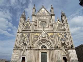 تفسير رؤية كاتدرائية في المنام أو الحلم
