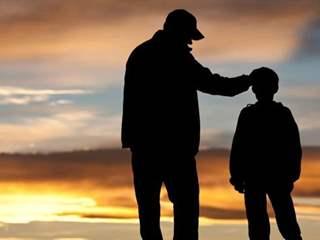 تفسير رؤية الوالد في المنام أو الحلم
