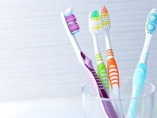 تفسير رؤية فرشاة أسنان في المنام أو الحلم