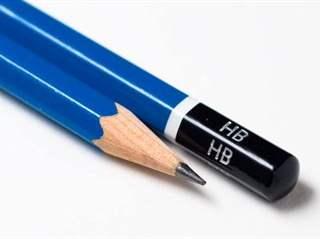 تفسير رؤية قلم رصاص في المنام أو الحلم