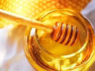 تفسير رؤية العسل في المنام أو الحلم