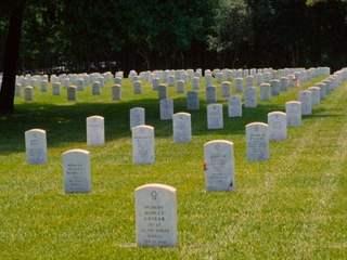 تفسير رؤية مقبرة في المنام أو الحلم