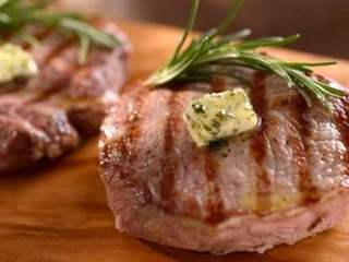 تفسير رؤية تطرية اللحم بالزبدة في المنام أو الحلم