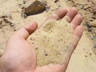 تفسير رؤية الرمل في المنام أو الحلم