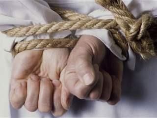 تفسير رؤية تعذيب في المنام أو الحلم