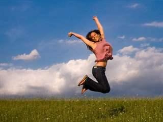 تفسير رؤية القفز أو الوثب في المنام أو الحلم